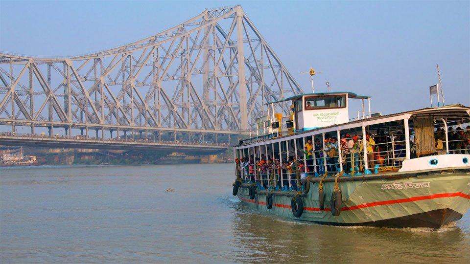 Howrah-Bridge-Visit-in-Kolkata