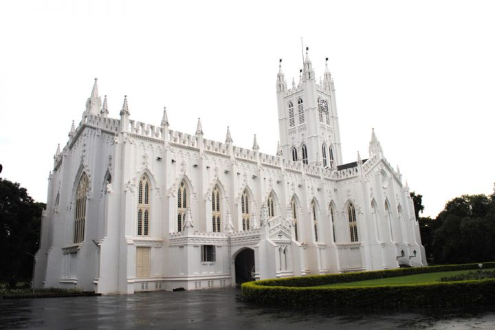 Top-Historical-Places-To-Visit-In-Kolkata-St-Pauls-Cathedral