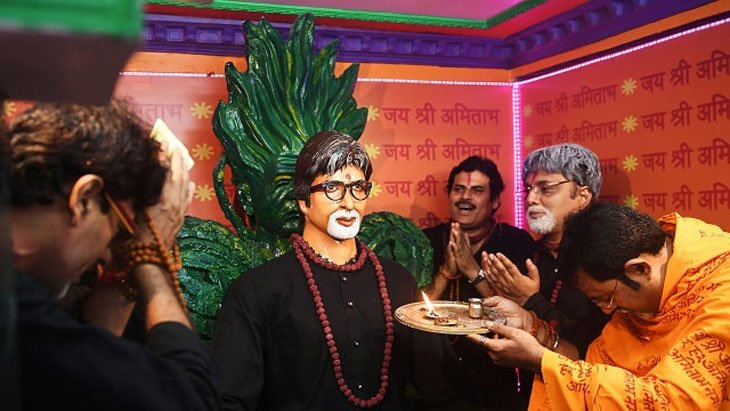 Visit Amitabh Bachchan's Temple in Kolkata